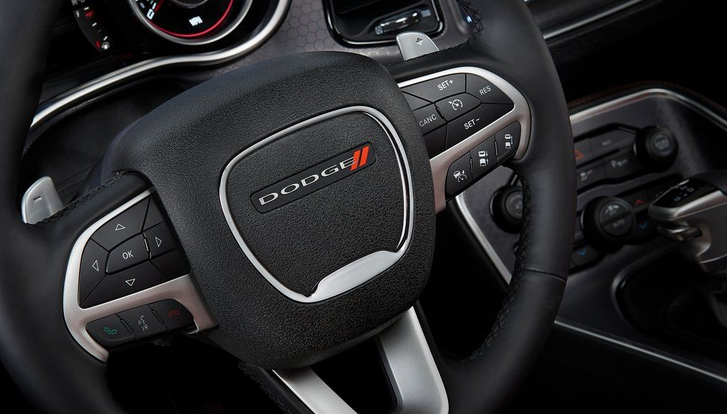 2017 dodge challenger price specs review - 2017 dodge challenger interior lights ...