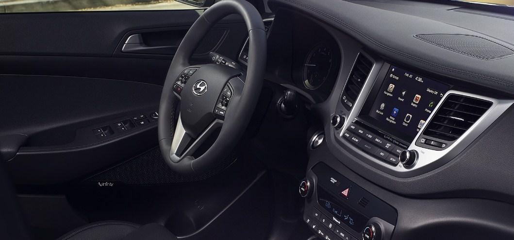 2017 Hyundai Tucson interior 3