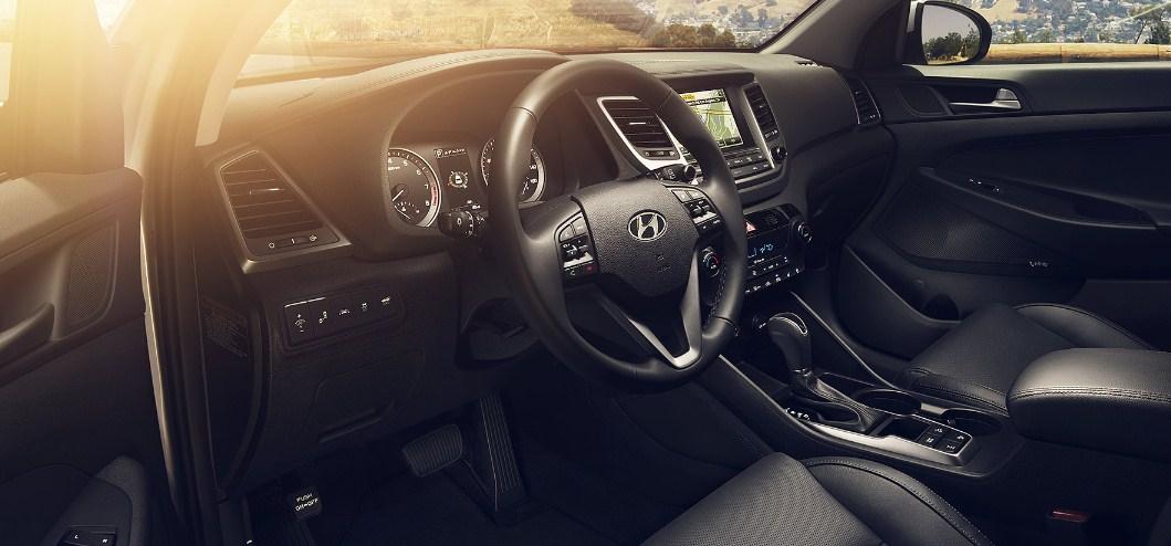 2017 Hyundai Tucson interior