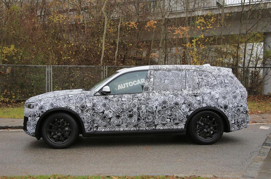 2018 BMW X7 4
