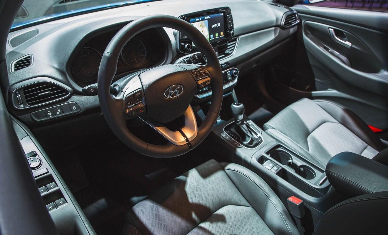 2018 Hyundai Elantra GT 5