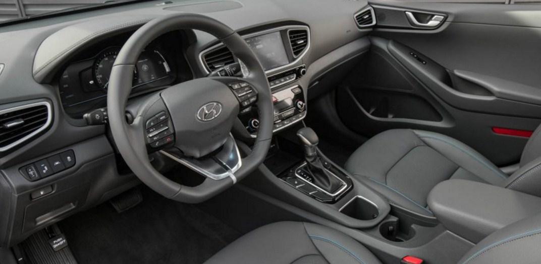 2018 Hyundai Ioniq 12