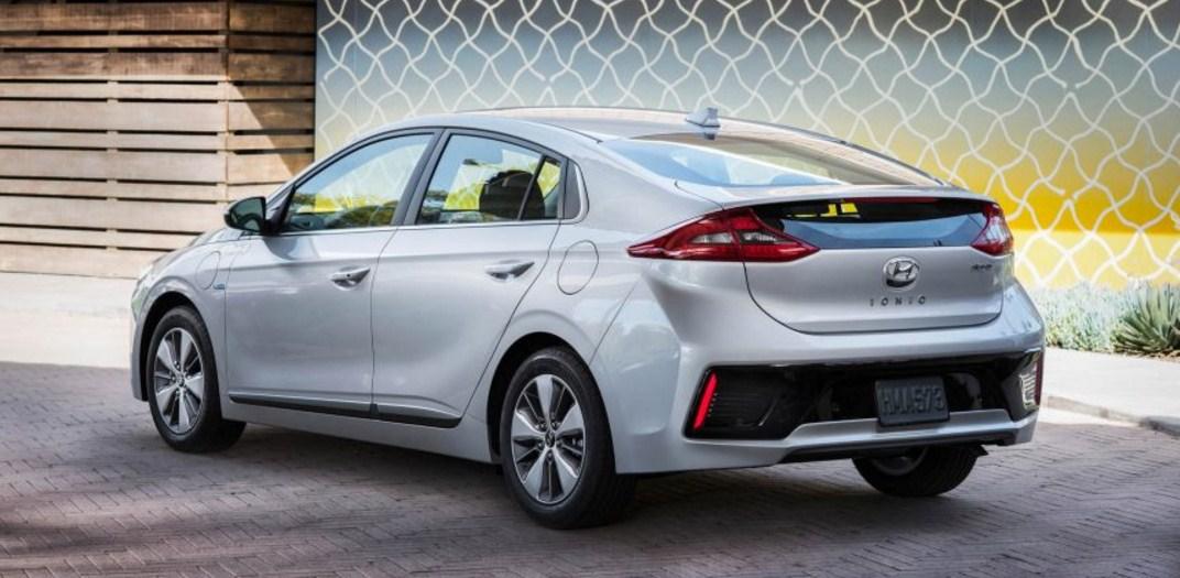 2018 Hyundai Ioniq 8