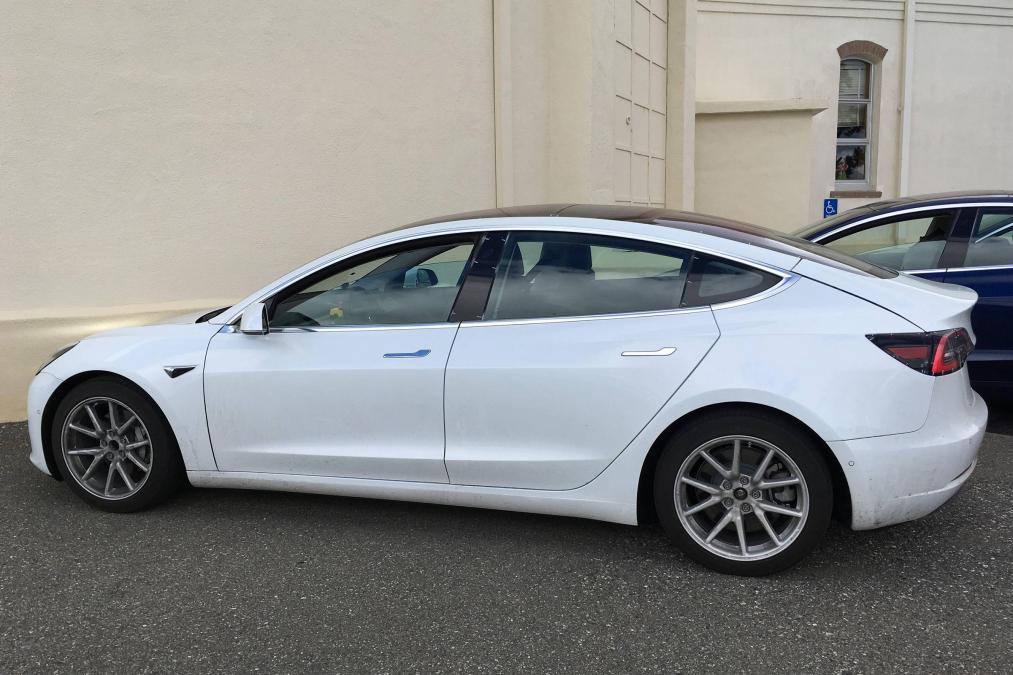 2018 Tesla Model 3 Price Specs Release Date Interior
