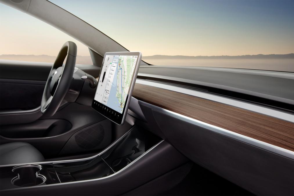 2018 Tesla Model 3 Dash