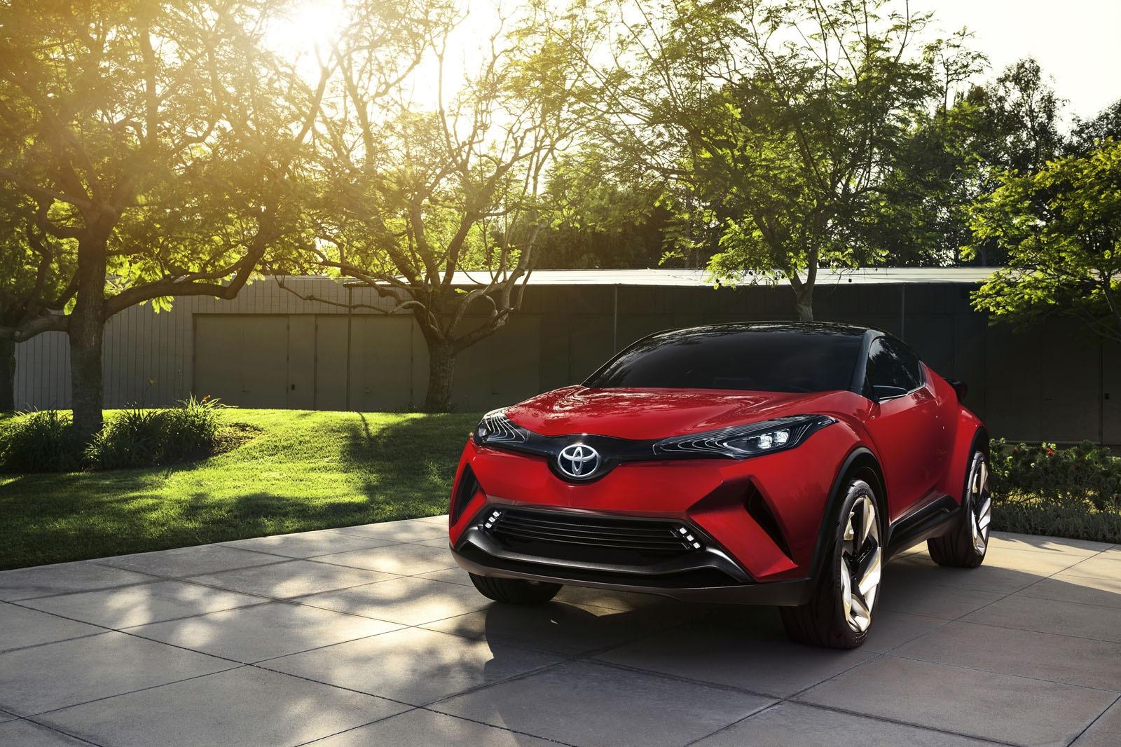 2018 Toyota C-HR Review, Price, Specs, Interior, Pictures ...