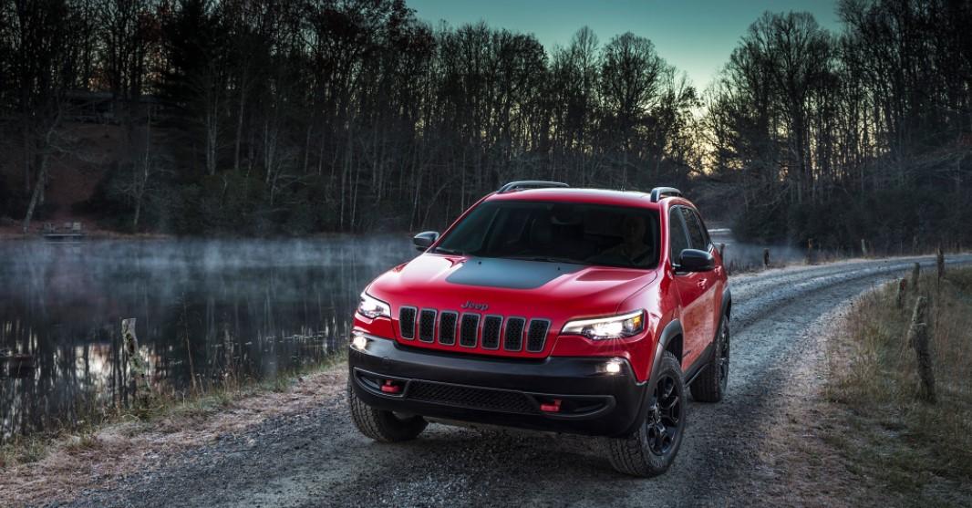 2019 jeep cherokee 4