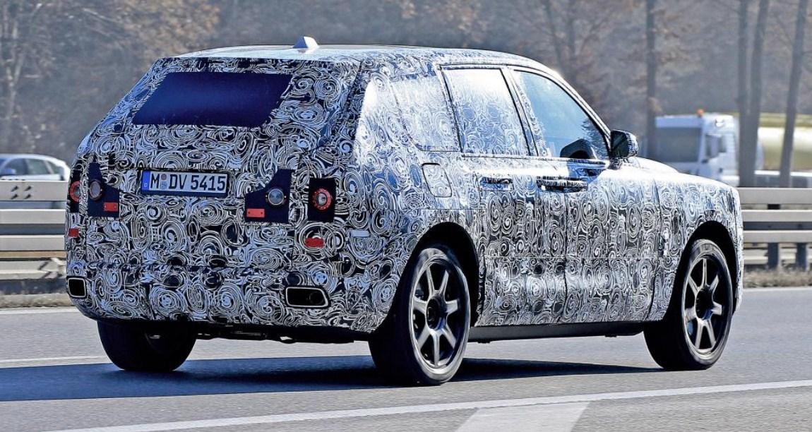 2019 Rolls-Royce Cullinan 9