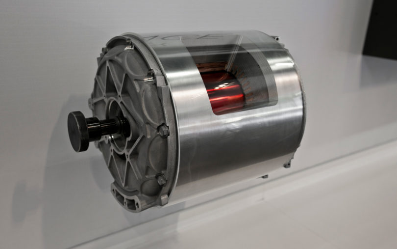 2013 Tesla Model S motor 810x507