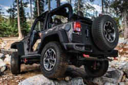 2016 Jeep Wrangler rear view 250x166
