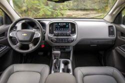 2017 Chevrolet Colorado 5 250x166