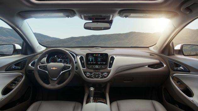 2017 Chevrolet Malibu Interior 630x354