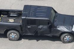 2017 Jeep Wrangler Pickup spy photos 250x166