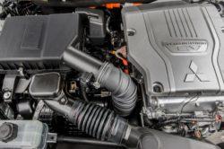 2017 Mitsubishi Outlander PHEV Engine 250x166