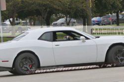 2018 Dodge Challenger 2 250x166