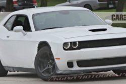 2018 Dodge Challenger 250x166