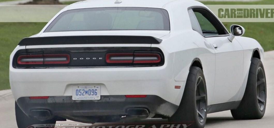 2018 Dodge Challenger 4