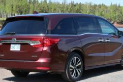 2018 Honda Odyssey 2 250x166