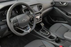 2018 Hyundai Ioniq 12 250x166