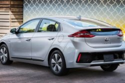2018 Hyundai Ioniq 8 250x166