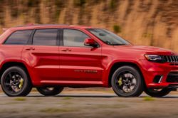 2018 Jeep Grand Cherokee Trackhawk 11 250x166