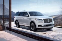 2018 Lincoln Navigator 2 250x166