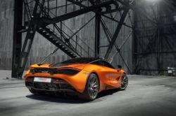 2018 McLaren720S rear 250x166