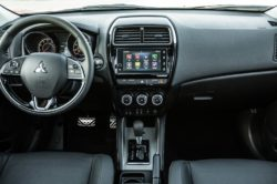 2018 Mitsubishi Outlander Interior 1 250x166