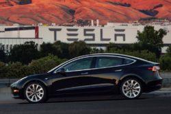 2018 Tesla Model 3 5 250x166