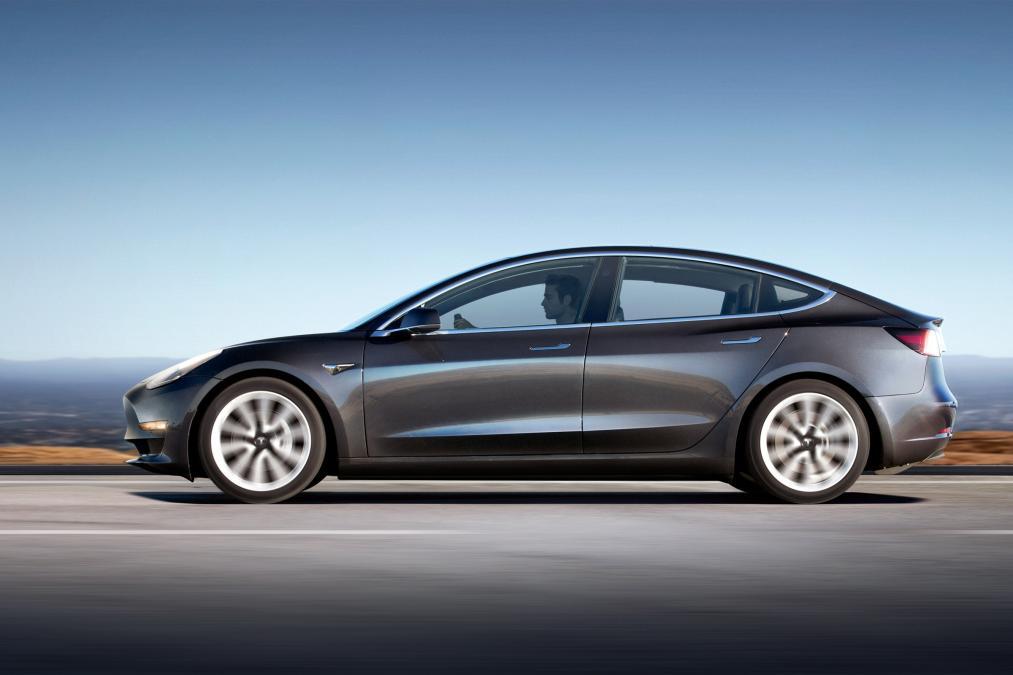 2018 Tesla Model 3 Price, Specs, Release date, Interior ...