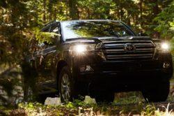 2018 Toyota Land Cruiser 2 250x166