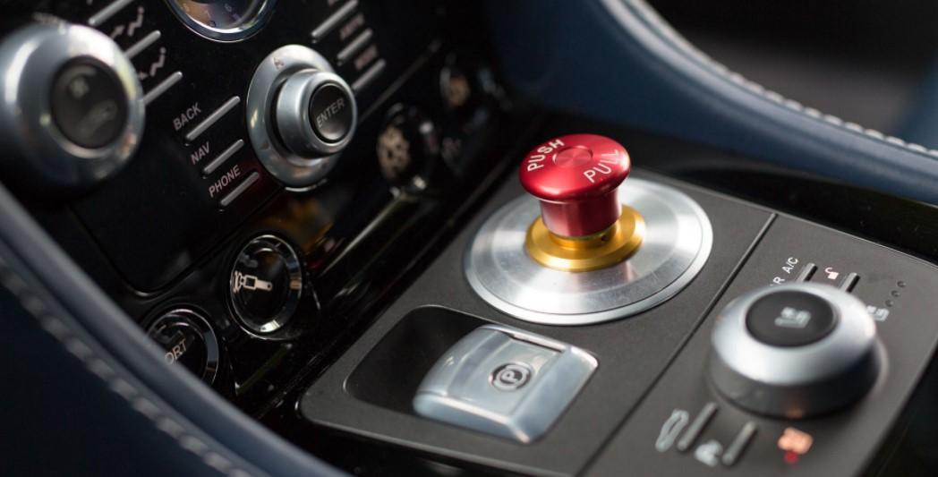 2019 Aston Martin RapidE 6