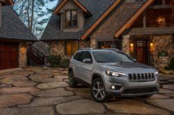 2019 jeep cherokee 5 250x166