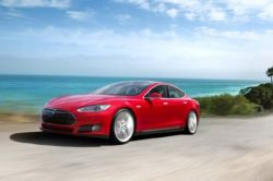 Tesla Model S Beach 250x166