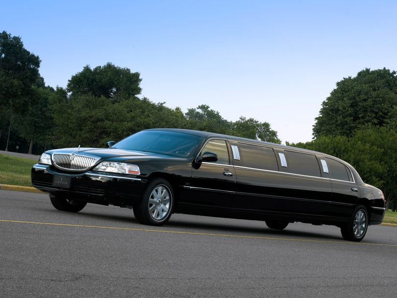 5 Most Common Types Of Limousine Car in 2020 - Car Reviews & Rumors 2019/2020